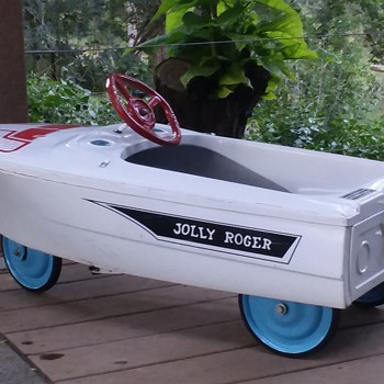 Jolly Roger Pedal Boat - Model Cars