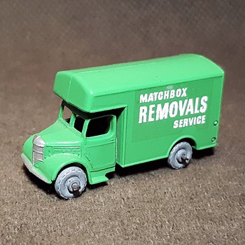 More Mini-Moving Matchbox Monday MB17-B Bedford Removals Van 1958-1960 - Model Cars