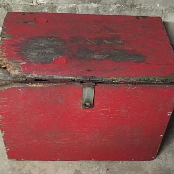 Red wooden box. - Furniture