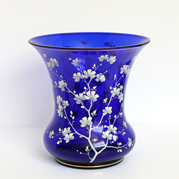 Loetz PN III Dunkelblau glatt vase with white enameling - Art Glass