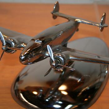 Lockheed L-14 Super Electra/Lodestar Chrome Model  - Toys