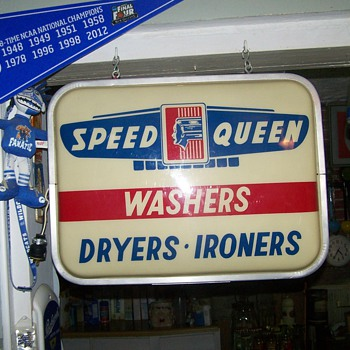 Vintage Speed Queen Sign - Signs
