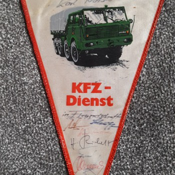 Germany during the cold war part 11 - KFZ Dienst pennant - Military and Wartime