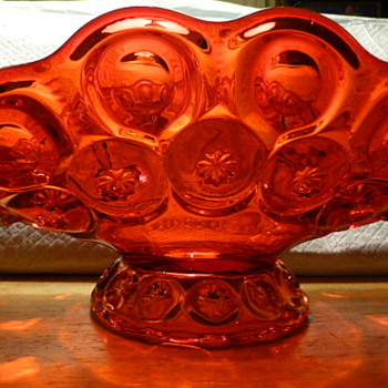 L E Smith amberina banana boat - Art Glass