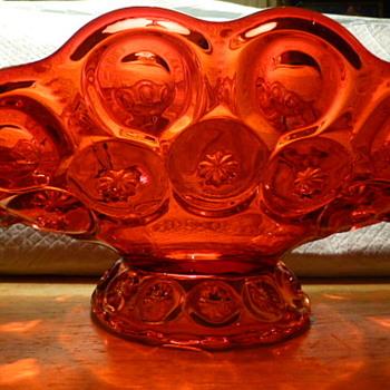 L E Smith amberina banana boat - Art Glass