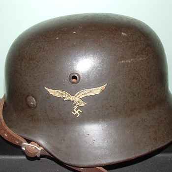 M35/40 nazi helmet. - Military and Wartime