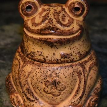 Another Froggie Incense Burner  - Animals