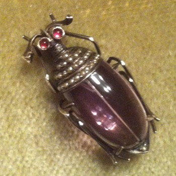 Amethyst and seed pearls silver beetle brooch - Fine Jewelry