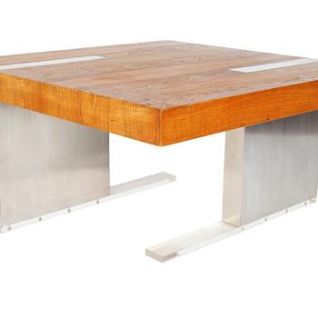 Vladmir Kagan coffee table - Furniture