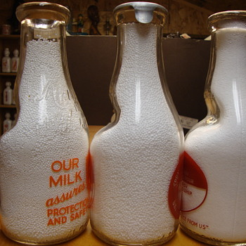 """Cream Seperator """"dent"""" Milk Bottles....."""
