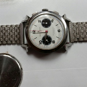 38mm Baume Mercie Chrono  with Rare Panda Dial and Fancy Lugs