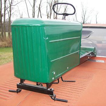 Graham Bradley pedal tractor - Toys