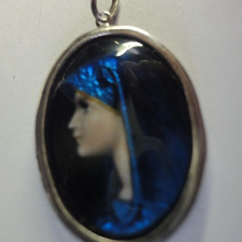 Limoges silver enameled Madonna oval pendant  - Fine Jewelry