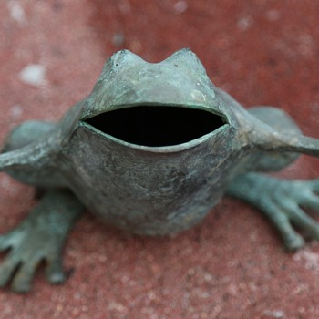 Wide-mouthed Frog - Bronze - Animals
