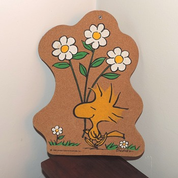 1965 Woodstock Bird Peanuts Vintage Wall Sign Artwork Fiberboard Collectible Decoration - Advertising