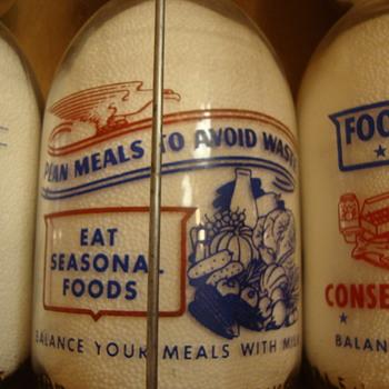 SANITARY DAIRY...WARREN OHIO...CREAMTOP WAR SLOGAN....WOMAN & FOOD CONSERVATION #2 - Bottles