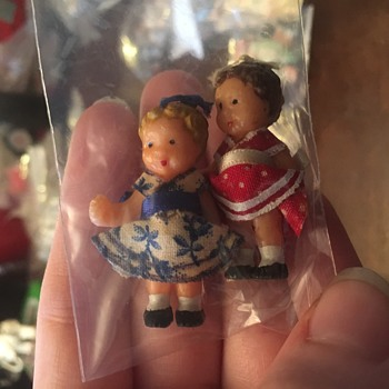 Two vintage dolls  - Dolls