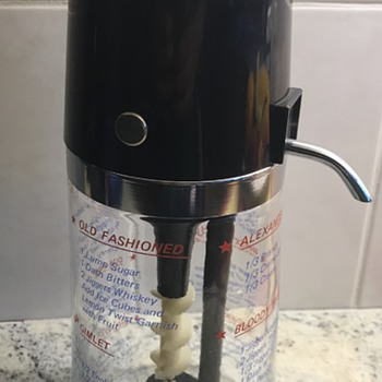 DrinkO'Matic Measure-Pourer. - Kitchen