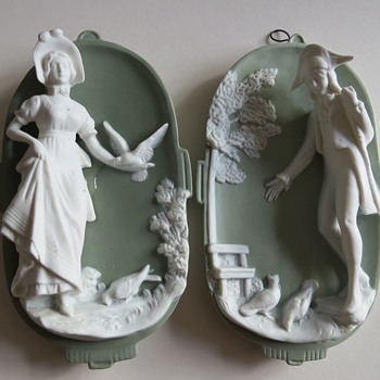 German Jasperware Plaque with high relief Georgian figures - Pottery