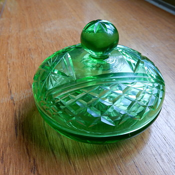 Uranium Glass Powder Pot - Glassware