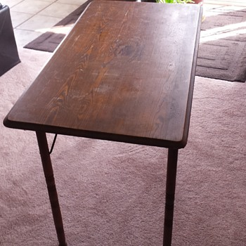 Antique Belding Hall Mfg sewing table  - Furniture