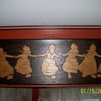 1904 dutch girl & boy plaques