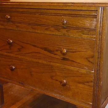 antique oak 3 drawer chest on legs - Furniture