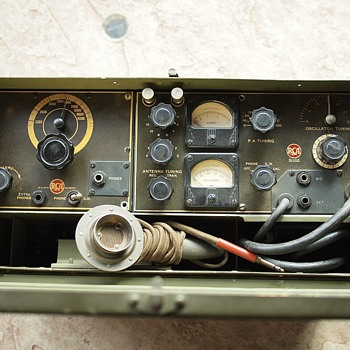 RCA MI 8751 Transceiver - Military and Wartime