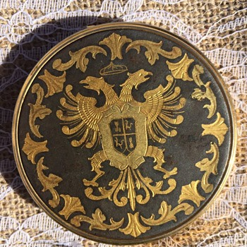 Double headed eagle crest, Compact