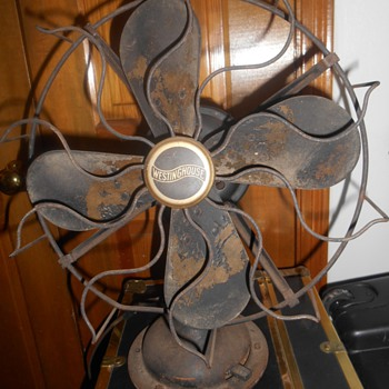 Antique ? Westinghouse Oscillating fan (works) w wood ? blades - Tools and Hardware