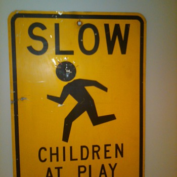 """Slow-Children at Play"" sign"