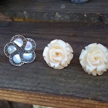 Two Pair Of Earrings, Flea Market & Thrift Shop Finds $1.95 - Fine Jewelry