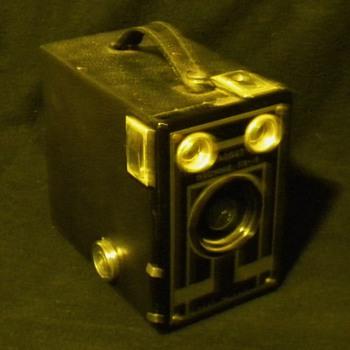 Kodak Target Brownie Six-16 - Cameras