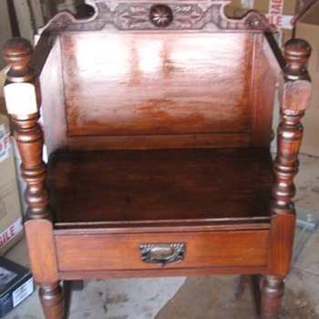 Antique hall chair - Furniture