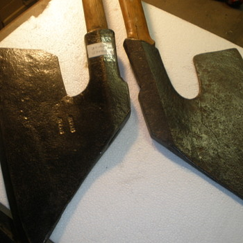 (2) American Goosewing Hewing Broad axes - Tools and Hardware
