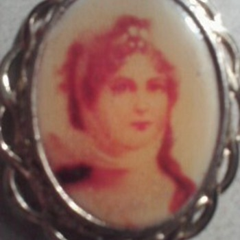 Women picture in brooch