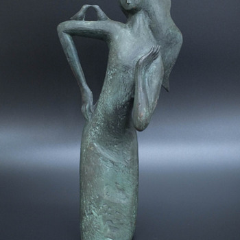 Japanese bronze sculpture of a woman with birds by Noguchi - Asian
