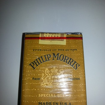 Old Philip Morris cigarettes  - Tobacciana