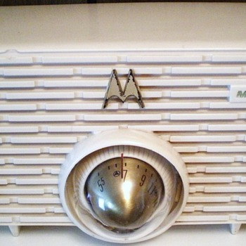 "1956 Motorola Model 56H ""Torpedo"" Radio"