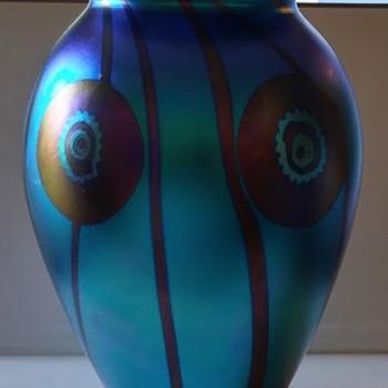 Robert Eickholt signed vase from 2003 - Art Glass