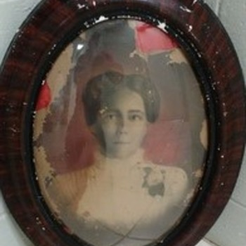 Portrait of a 19th Century woman with Houston, Texas ties - Photographs