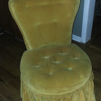 Victorian chair - Furniture