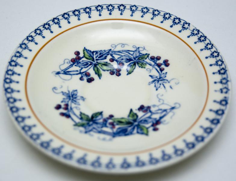 1930s dessert Multicolor Oriental pattern Wood /& Sons Burslem Seaforth Green hand-decorated bread rope edge Quite vintage side plate
