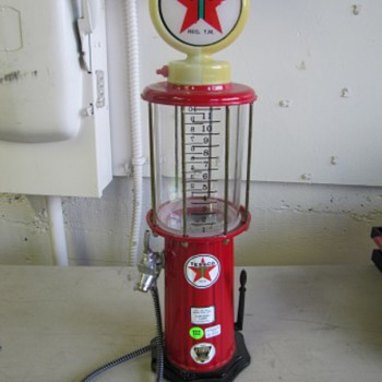 Texaco Liquor Pump