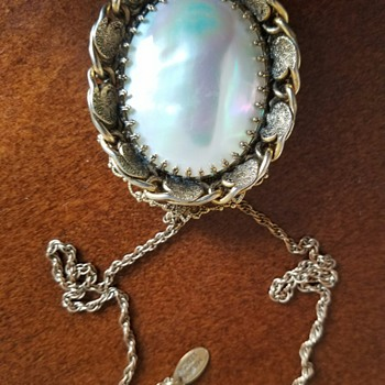 Gorgeous Mother of Pearl Pendant  - Fine Jewelry