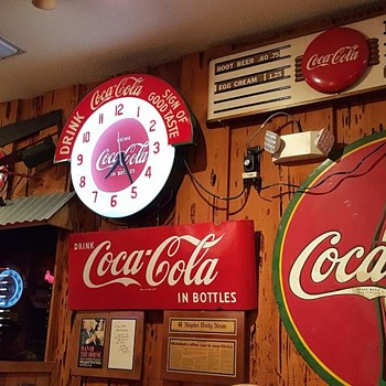 Eating Out At A Coke Collector's Dream? - Signs