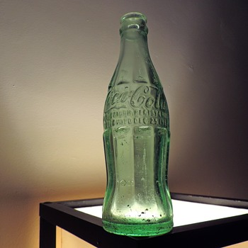 1935 Coca Cola Coke Bottle Uniontown Pennsylvania Christmas Patent Owens-Illinois Glass Embossed Aqua 6 Ounces - Bottles