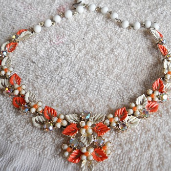AUTUMN LEAF NECKLACE & BRACELET SET - Costume Jewelry