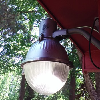 my WESTINGHOUSE 'gumball' style luminaire - Lamps