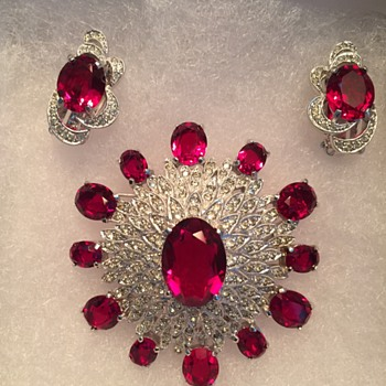 POLCINI RUBY RED & ICE SET - Costume Jewelry